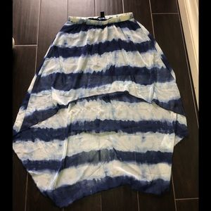 Flowy High/Low Two Tone Blue Skirt Size M